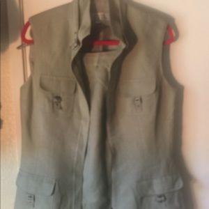 Linen 2 piece sleeveless pant suit